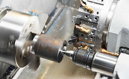 What are the clamping methods of the workpiece in the chuck of the CNC lathe in the turning process? | Deshengrui Machinery